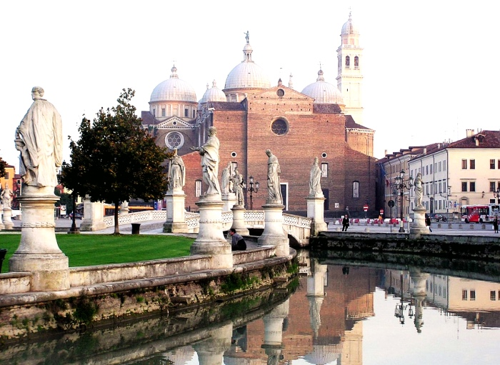 Prato della Valle | Abbey of Santa Giustina