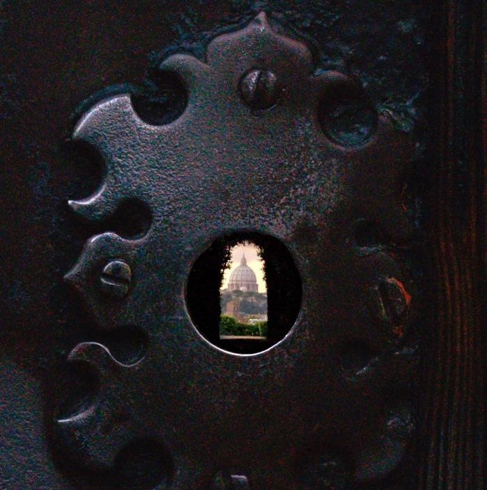 Villa Malta | Saint Peter | keyhole