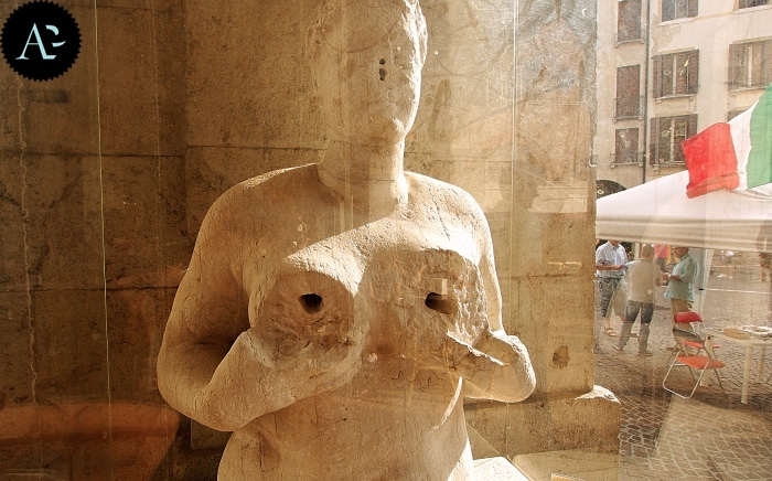 the Fountain of Tits | Treviso
