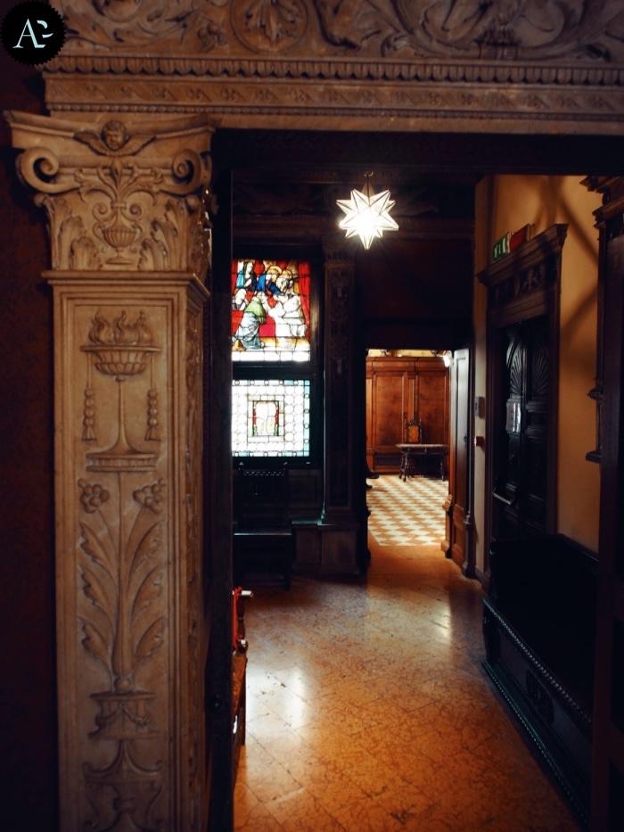 Museo Bagatti Valsecchi | ingresso sala da bagno