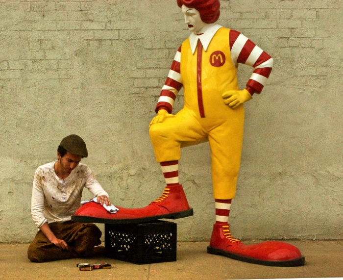Banksy | Ronald McDonald sculpture