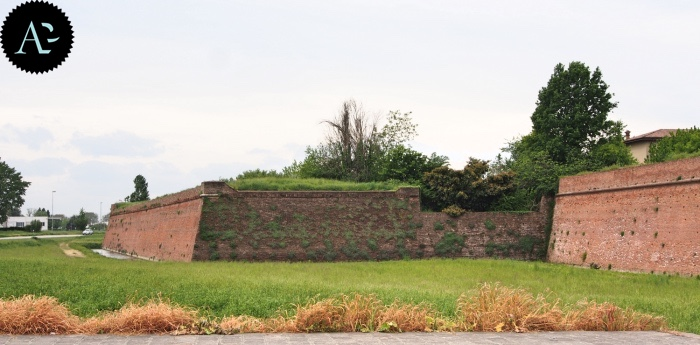 Sabbioneta defensive structure