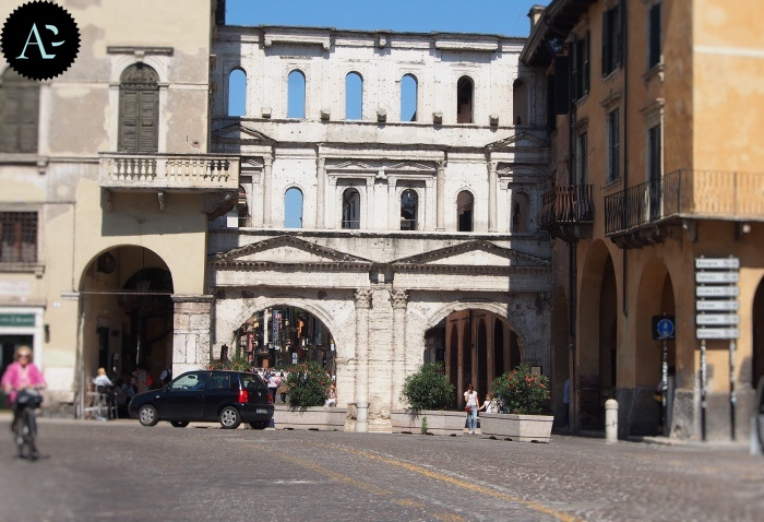 Verona | Porta Borsari