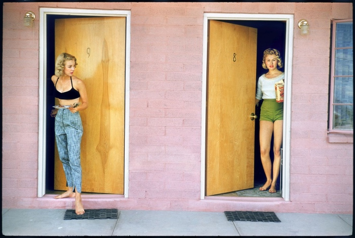 Elliott Erwitt | Showgirls