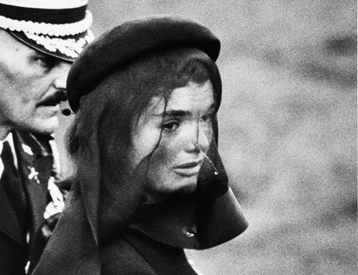 Elliott Erwitt | Jackie Kennedy, 1963.