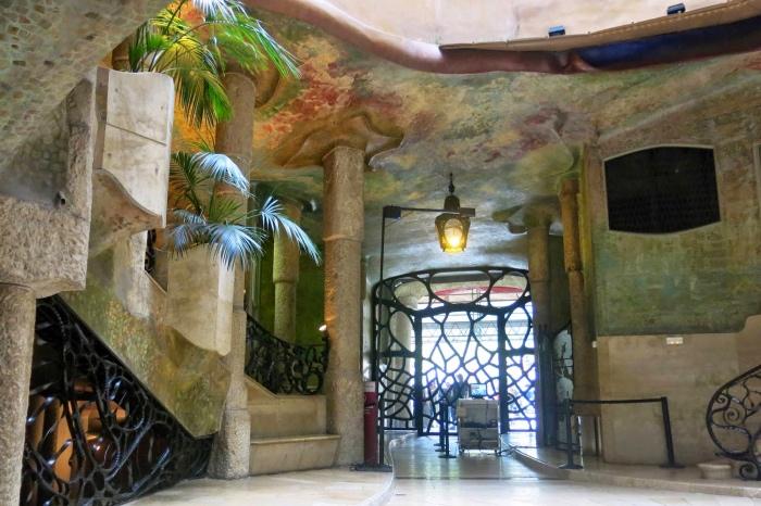 Antoni Gaudi | Casa Cavlet