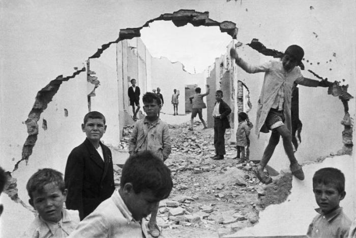 Henri Cartier Bresson | Seville