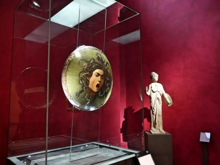 Caravaggio Medusa | Uffizi opere