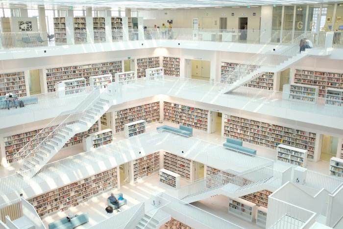 biblioteca Stoccarda