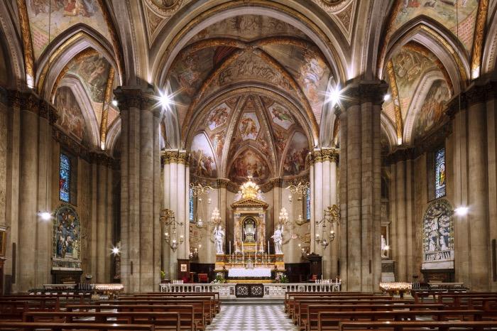 Arezzo | Cathedral interior