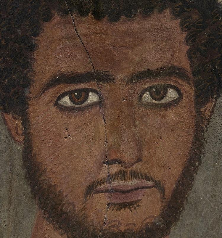 """""""Ritratto funerario di giovane uomo"""". Egitto, periodo imperiale romano, III secolo. Boston, Museum of Fine Arts (dettaglio)"""