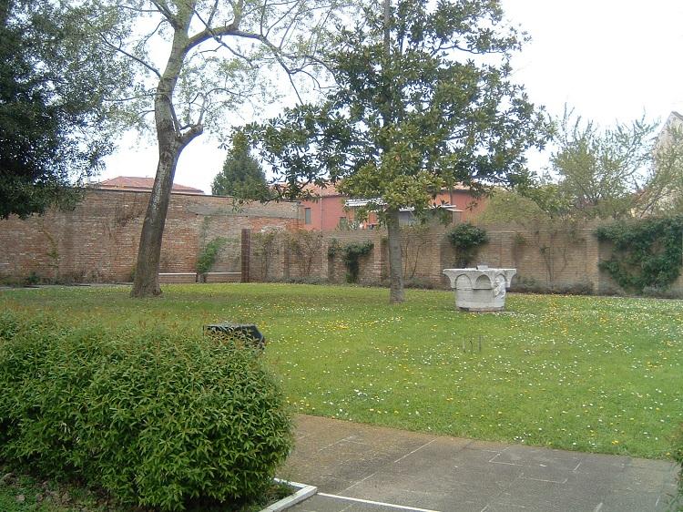 Museo del Vetro giardino